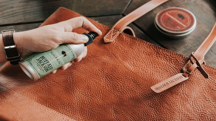 تمیز کردن محصولات چرمی